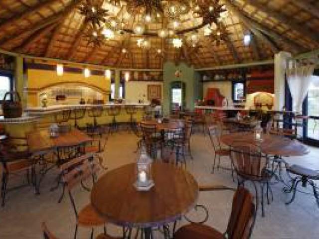 Hotel Villas del Sol y Mar oferece luxo e conforto no litoral catarinense