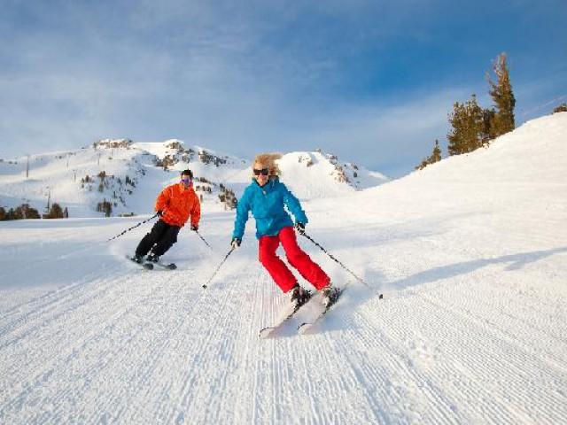 Estações de esqui nos E.U.A oferecem programação especial para os turistas