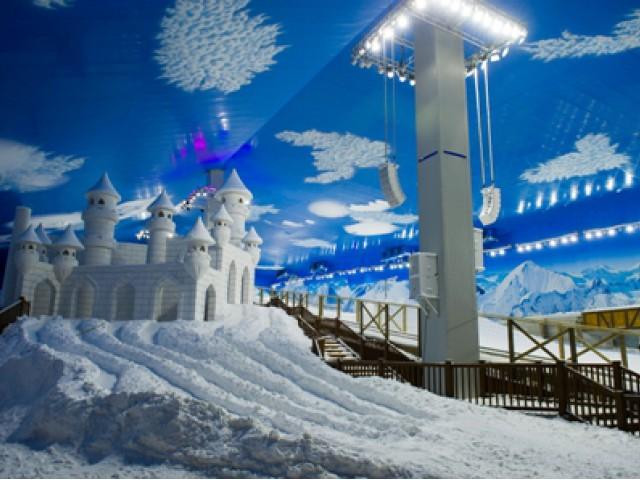 Primeiro parque de neve indoor das Américas é inaugurado em Gramado