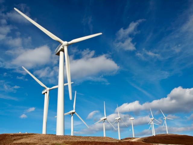 Apagões e crise hídrica aceleram investimentos em energia limpa