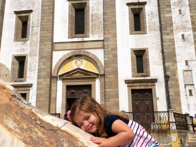 Alentejo, em Portugal, tem programas para todas as idades, com paisagens marcantes e arquitetura histórica